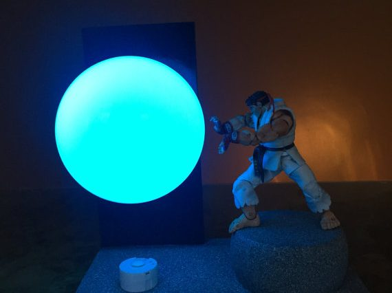 A Street Fighter gift, showing a Ryu lamp gift.