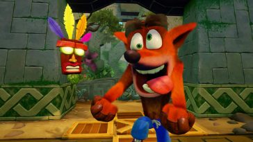 Crash Bandicoot looking crazy with a mask.